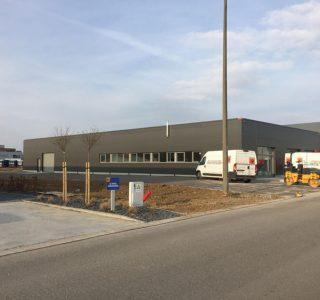 Schrijnwerkerij-Pière-Alexandre-Frisomat-industriebouw-kantoor-staalbouw-Wallonie-multifunctioneel-gebouw