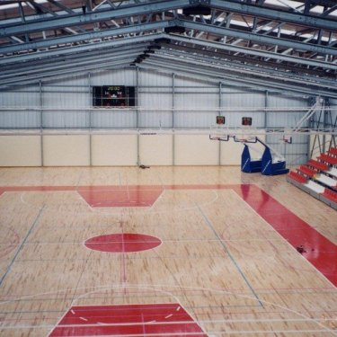 build basketball arena